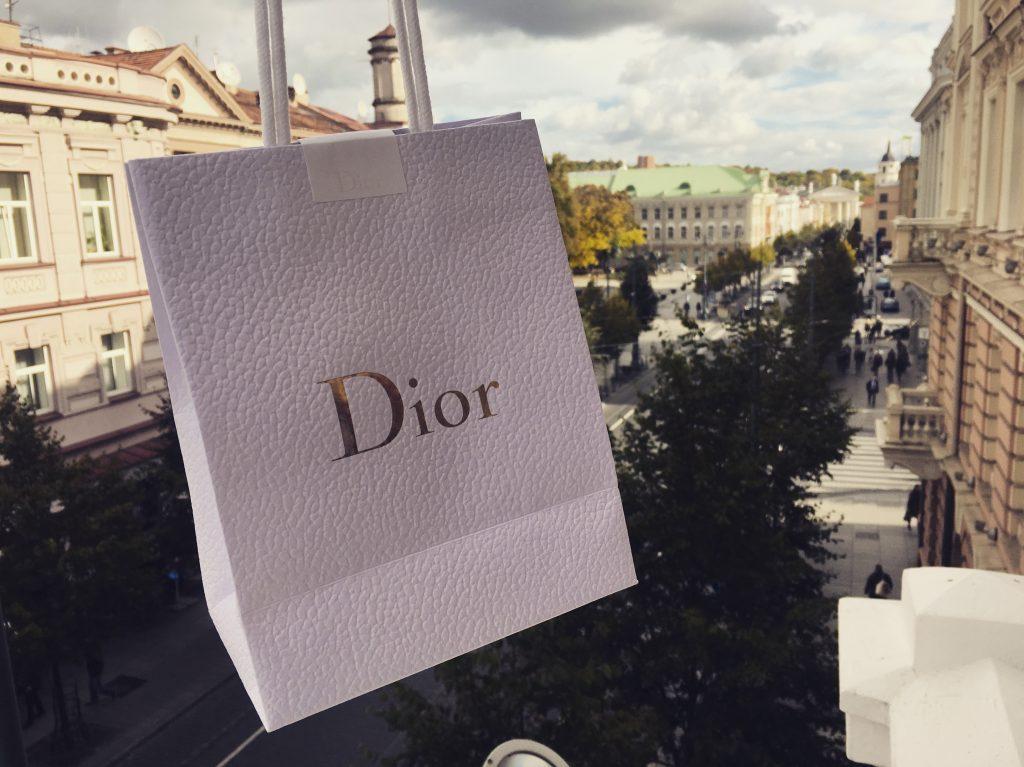dior-dovana